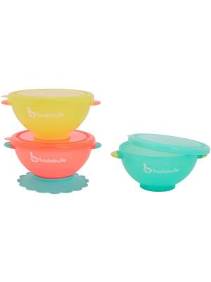 Badabulle - Set 3 boluri colorate pentru mancare, cu suport inclus