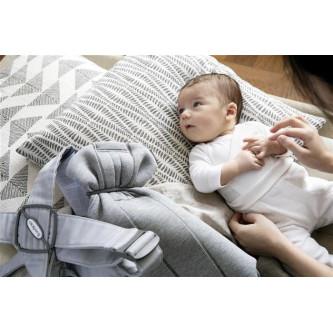 BabyBjorn - Marsupiu anatomic Mini, cu pozitii multiple de purtare – Light Grey, 3D Jersey